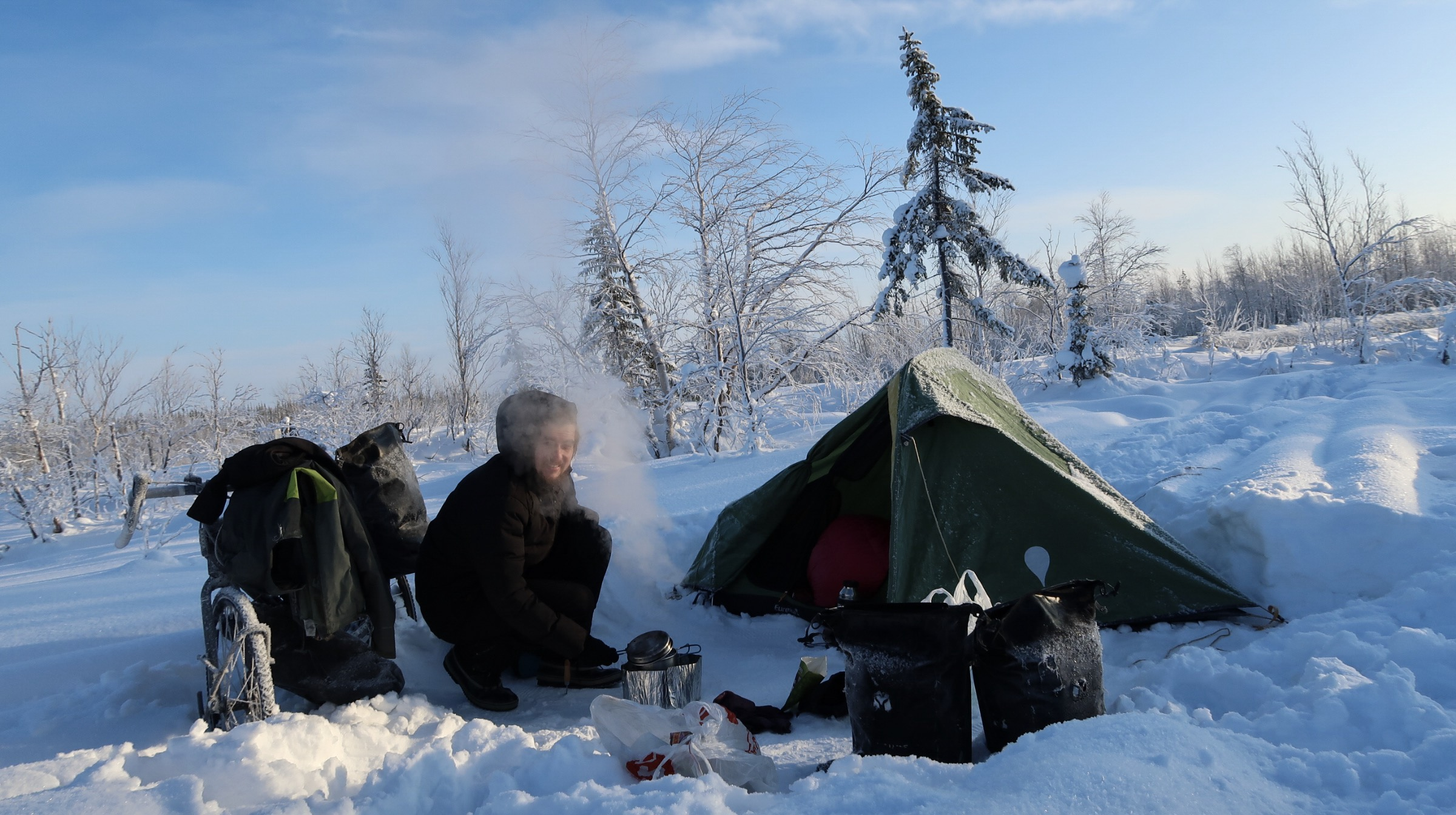 Een Warme Winter : Tips to stay warm when camping in cold autumn and winter