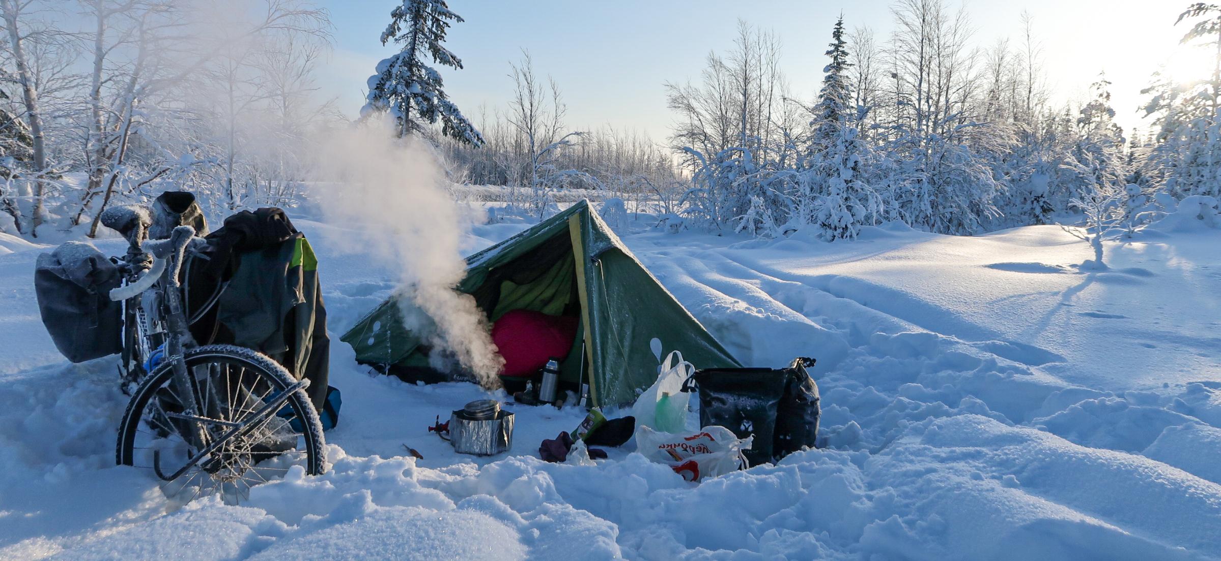 Slapen in een tent in de winter in de kou 8 tips om het