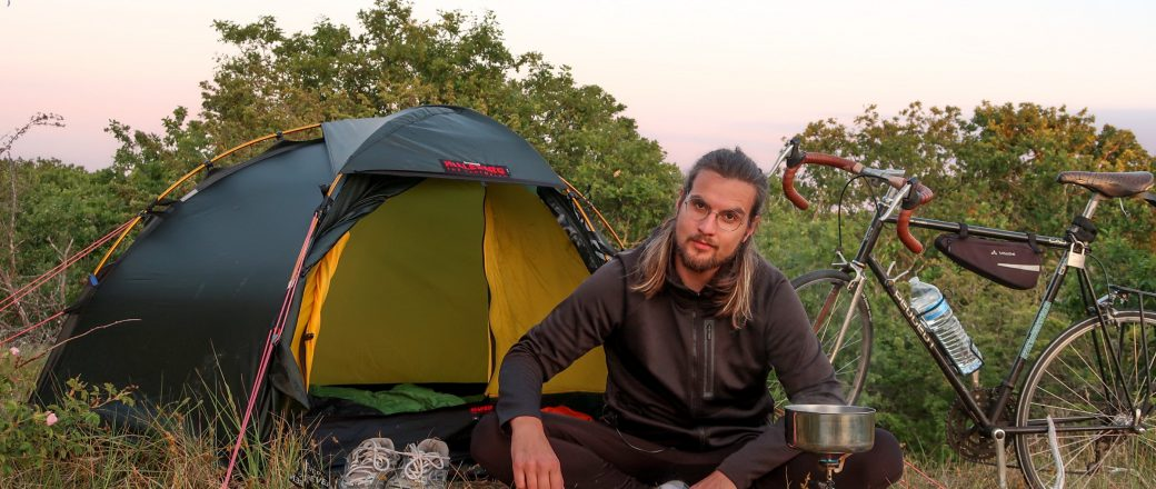 The essential packing list for (wild) camping